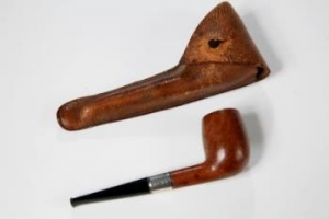 Pipe in leather case, with paper insert, formerly belonging to Dr Edward Adrian Wilson, dated 1900 – purchased for £5,000 by the Friends in 2016.